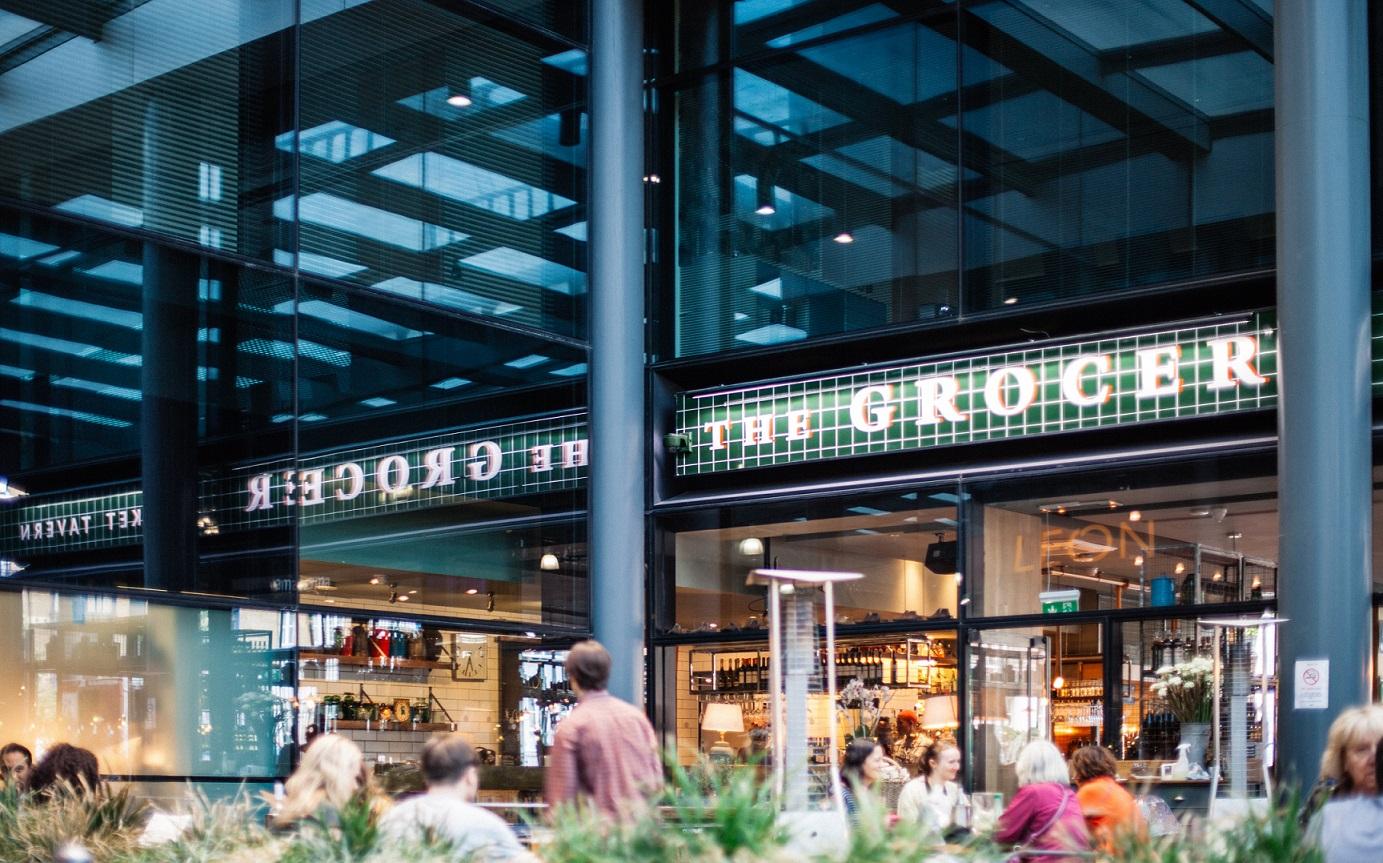 Design a Stunning Restaurant Exterior