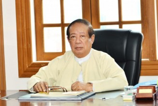 """6 Facts About Myanmar's Tycoon """"Pepsi"""" Thein Tun"""