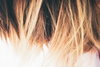 Cara Tepat Mempertahankan Hairstylist Utama Salonmu
